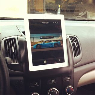 iPad Slidedock kit installed in a Kia Forte